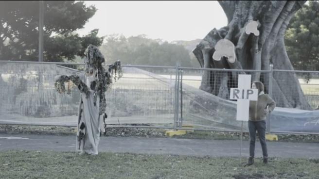 Sydney_TreeCostume